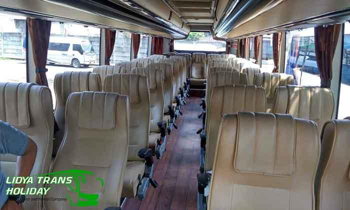 Sewa Bus Pariwisata di Bojonegoro murah