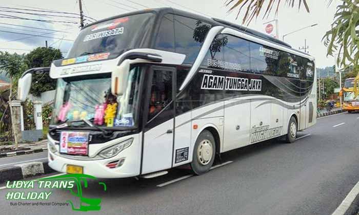 sewa bus pariwisata di Ponorogo murah