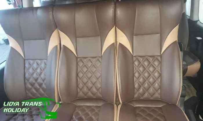 Interior sewa toyota hiace Commuter di Malang murah terbaik