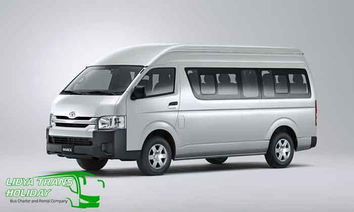 Sewa Toyota Hiace Commuter di Kediri Murah