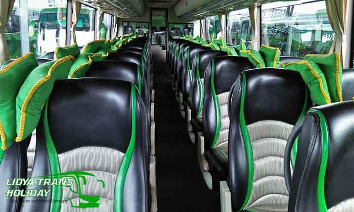 Interior Sewa Bus Pariwisata di Malang Murah Terbaru