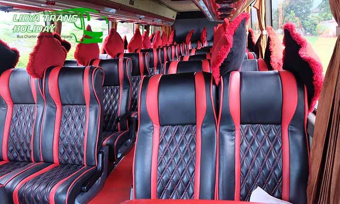 Interior dan Harga Sewa Bus Pariwisata di Jogja Yogyakarta Murah Terbaru