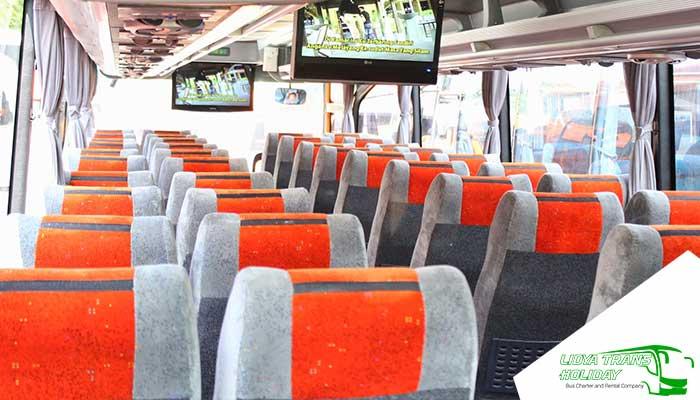 Interior Sewa Bus Pariwisata PO Panorama di Jakarta