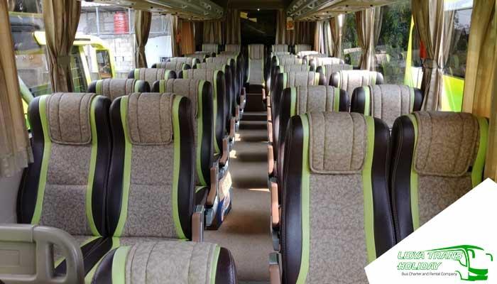 Interior Sewa Bus Pariwisata PO Putra Tidar di Jakarta