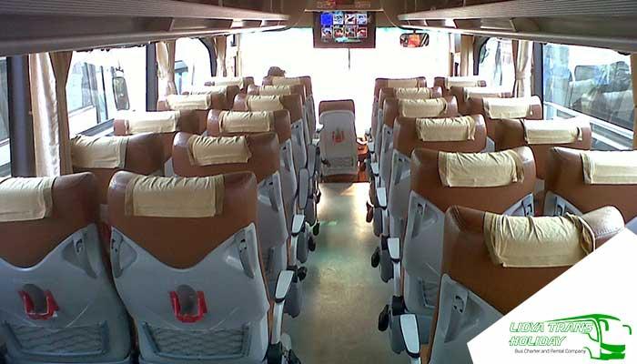 Interior Sewa Bus Pariwisata PO Trac di Jakarta Murah