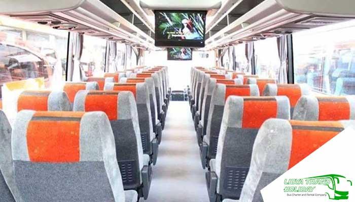 Interior Sewa Bus Pariwisata White Horse di Jakarta Murah