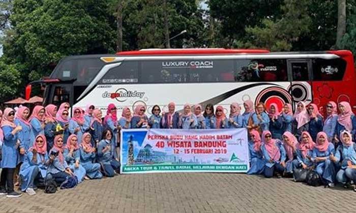 Paket Wisata Bandung Murah Dago Holiday